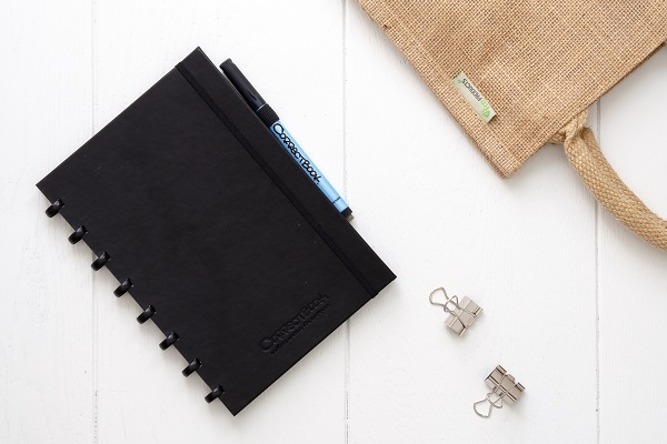 Correctbook black and jute bag